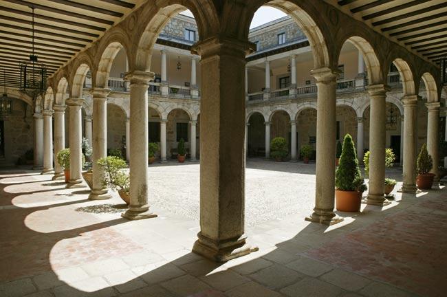 Castillo - Palacio de Magalia Web Oficial de Turismo de la Provincia de  Ávila